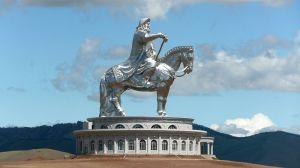 GenghisKhanstatue800px-Dschingis_Khan_in_Zonjin_Boldog